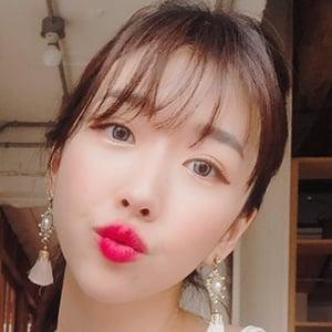 Sunny Dahye 2 of 7