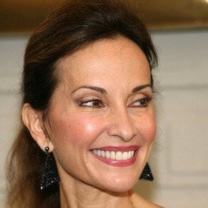 Susan Lucci 8 of 10