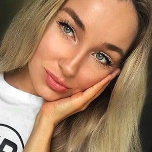 Svetlana Kobaliya Headshot 5 of 6