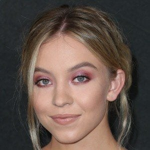 Sydney Sweeney 3 of 10