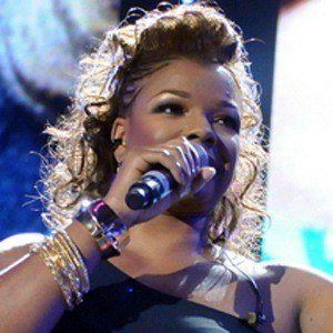 Syleena Johnson 2 of 4