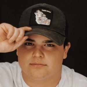 Tadeo de la Garza Headshot 3 of 3