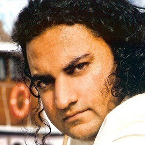Taher Shah 4 of 5