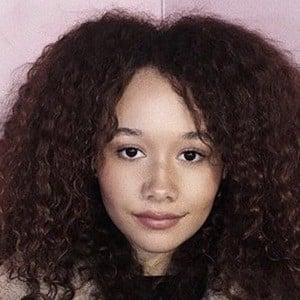 Talia Jackson 3 of 7
