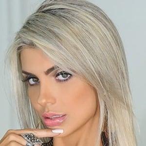 Talita Cogo Headshot 4 of 6