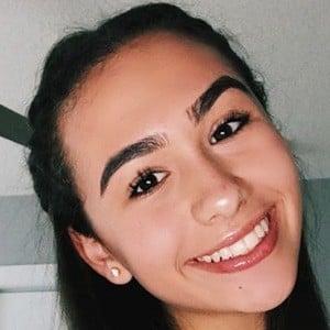Tamara Avinami 4 of 8