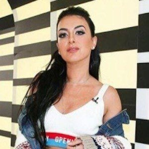 Tamara Dhia 3 of 9