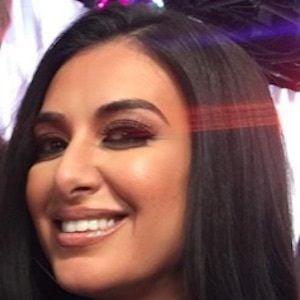 Tamara Dhia 5 of 9