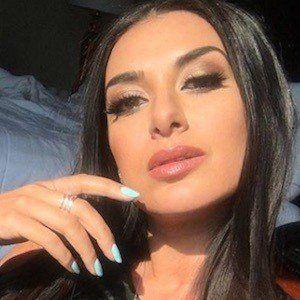 Tamara Dhia 8 of 9