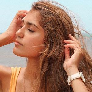 Tandis Esfandiari 5 of 6