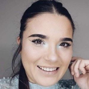 Tania Ibern Headshot 10 of 10