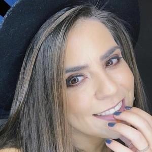Tatiana Fernandes 5 of 10