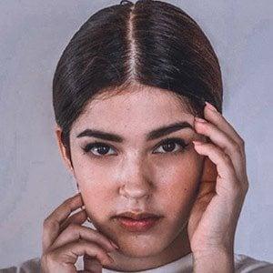 Tatiana Fernández 2 of 5