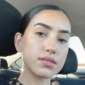 Tatiana Mendoza 7 of 10