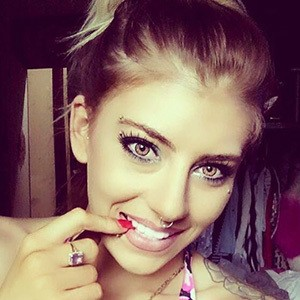Tayla Novelli 5 of 6