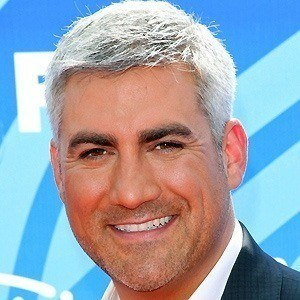 Taylor Hicks 3 of 9