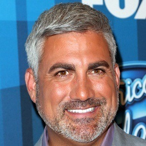 Taylor Hicks 6 of 9