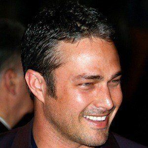 Taylor Kinney 5 of 9