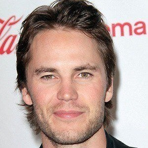 Taylor Kitsch 2 of 10