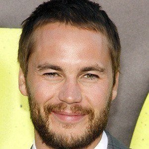 Taylor Kitsch 5 of 10