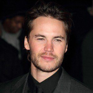 Taylor Kitsch 6 of 10