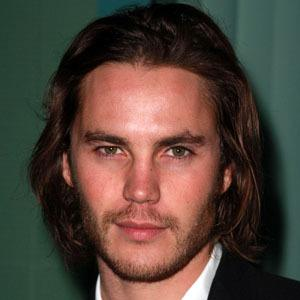 Taylor Kitsch 9 of 10