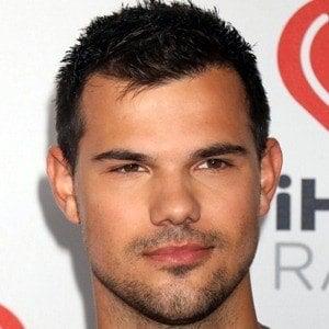 Taylor Lautner - Bio, Facts, Family | Famous Birthdays  Taylor Lautner