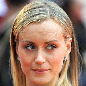 Taylor Schilling 2 of 10