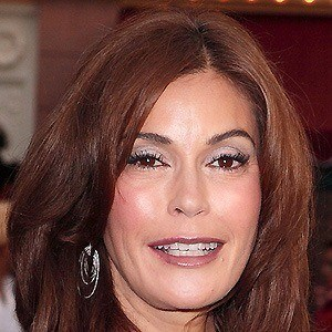 Teri Hatcher 5 of 10