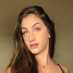Teriana Jacobs 6 of 6