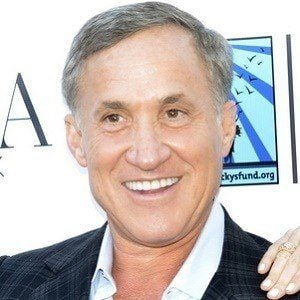 Terry Dubrow 3 of 5