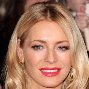 Tess Daly 8 of 10