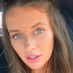 Tess Homann 6 of 7