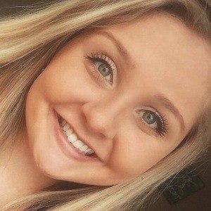 Stephanie Leger Headshot 4 of 8