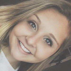 Stephanie Leger Headshot 8 of 8