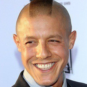 Theo Rossi 4 of 10