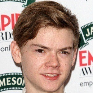 Thomas Brodie-Sangster 3 of 8