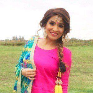 Tia Bhatia 2 of 8