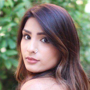 Tia Bhatia 6 of 8