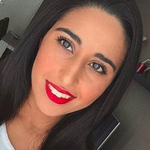 Tiara Mansh 2 of 4