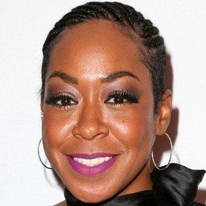 Tichina Arnold 6 of 8