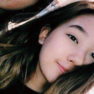Tiffany Lee 4 of 5