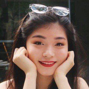 Tiffany Lukmantara 6 of 10