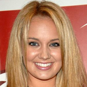 Tiffany Thornton 6 of 8
