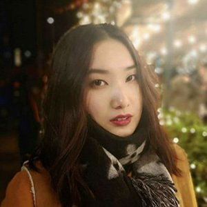 Tiffany Zhou 2 of 5