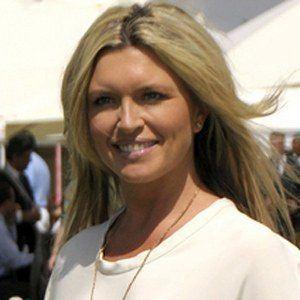 Tina Hobley 4 of 5