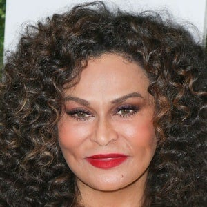 Tina Knowles 3 of 10