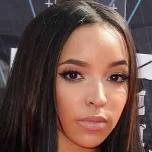 Tinashe Kachingwe 5 of 8