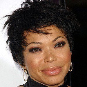 Tisha Campbell-Martin 4 of 8