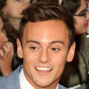 Tom Daley 8 of 10